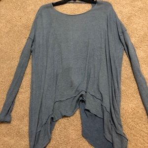 Thin light long sleeve top